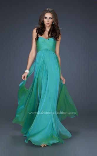 Rochie de seară simplă, vaporoasă, cu corset simplu, fără bretele, lungă