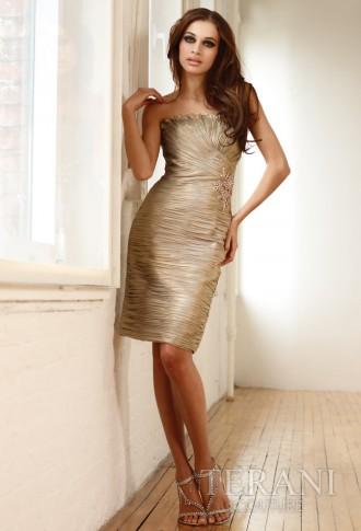 Rochie de seară bej, din chiffon, croială simplă, pe linia corpului, lungime midi
