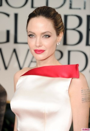Angelina-Jolie-at-2012-Golden-Globes-700x1024