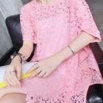 rochie dantelă roz tip macrame croșetată