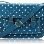 geantă tip college messenger bag albastra cu buline albe