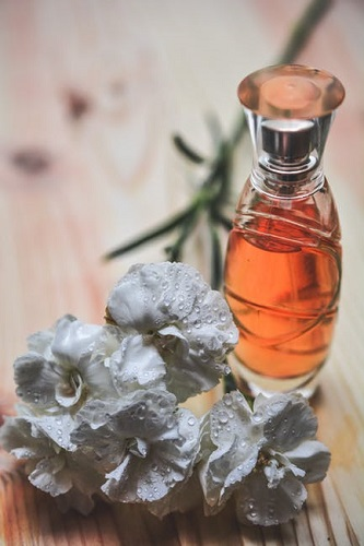 ce ingrediente nocive sunt in parfumuri