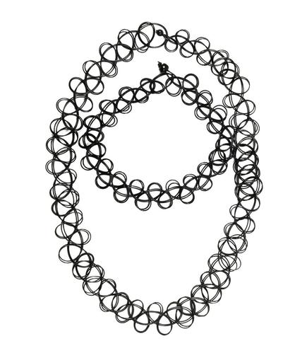 choker negru impletit din snur de plastic ca in anii 90