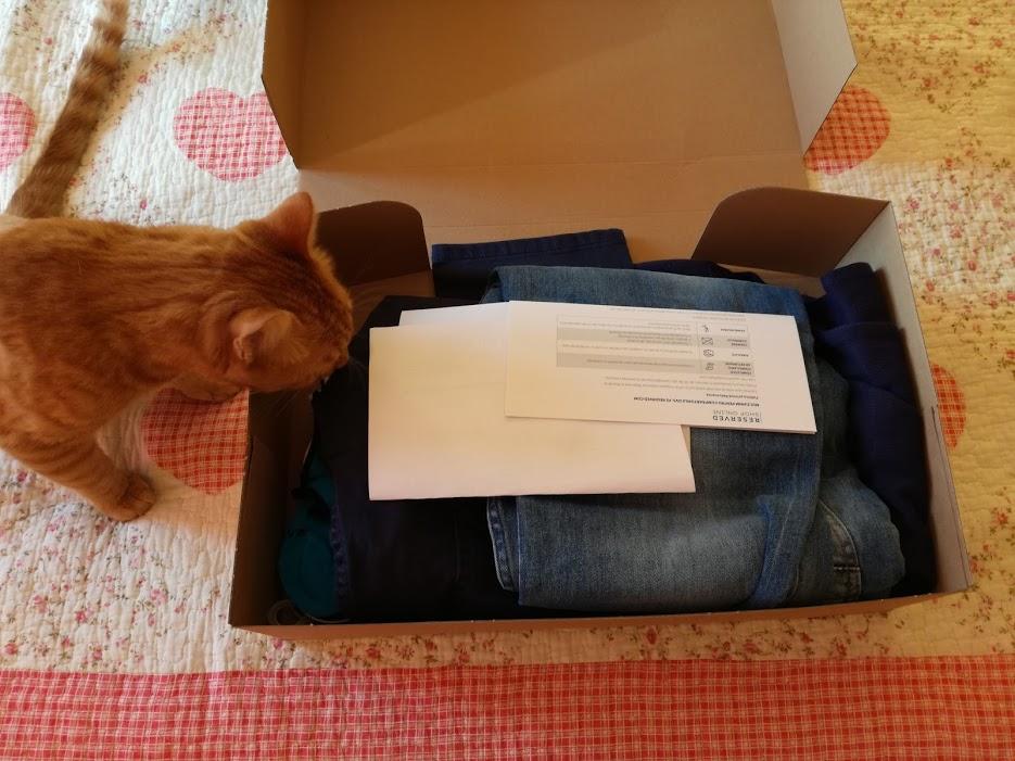 desfacerea cutiei reserved