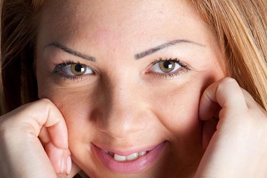 masajul facial pentru probleme de ten si relaxare completa
