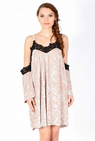 rochie din catifea nude cu dantela neagra
