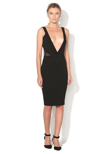 rochie neagra mulata cu decolteu larg