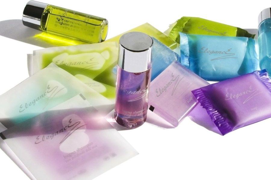 cosmetice de care s-ar putea să nu ai nevoie și pe care dai banii degeaba