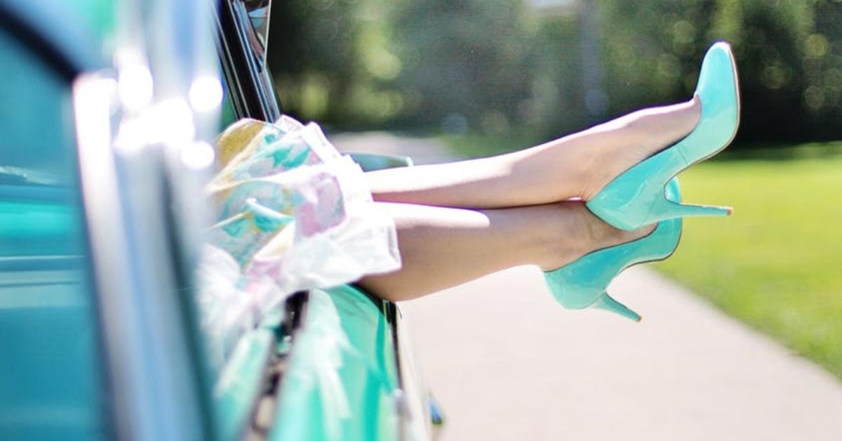 cum să reziști în pantofi cu tocuri ușor mult timp