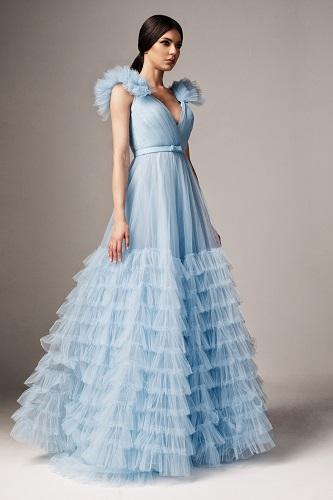 rochie de bal bleu potrivită pentru femeiaa Vărsător