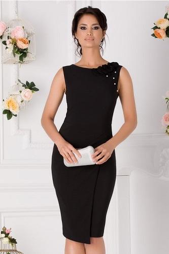 rochie simplă de seară potrivită și la bal pentru femeia Rac