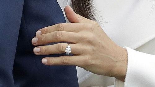 inelul de logodnă al lui Meghan Markle cu Prince Harry