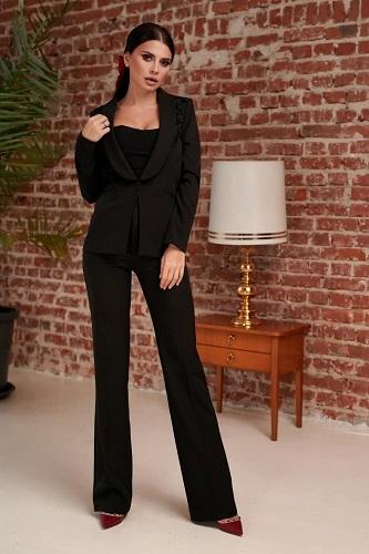 costum clasic negru de damă cu pantaloni evazați