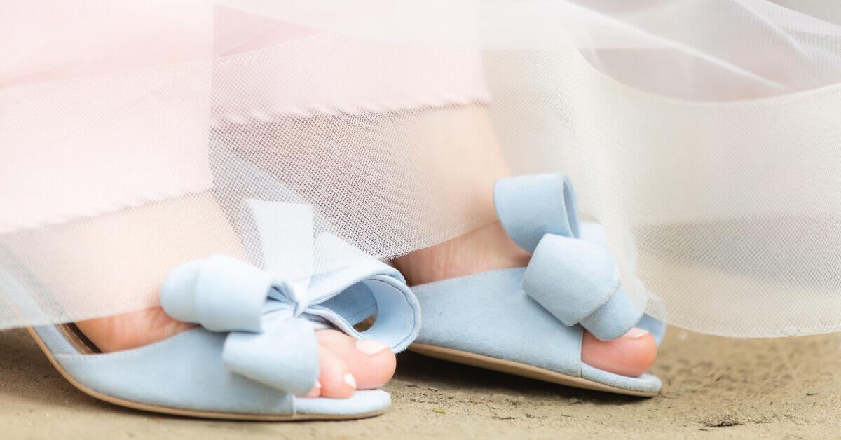 cum să-ți pregătești picioarele pentru sandale vara asta
