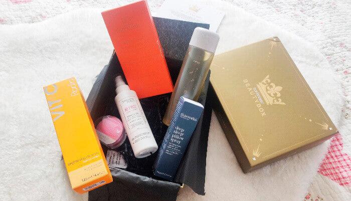 Royal Beauty Box de la Look Fantastic unpacking ce produse de lux conține această cutie de răsfăț ca un cadou