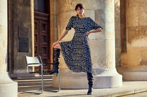 rochie amplă și vaporoasă în stil cort ideală și în ținute office