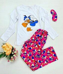 Pijama dama bumbac lunga cu pantaloni lungi albi si bluza cu maneca lunga alba cu imprimeu Donald Duck rățoiul