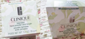 pudră liberă Clinique Blended Face Powder & Brush_ambalaj