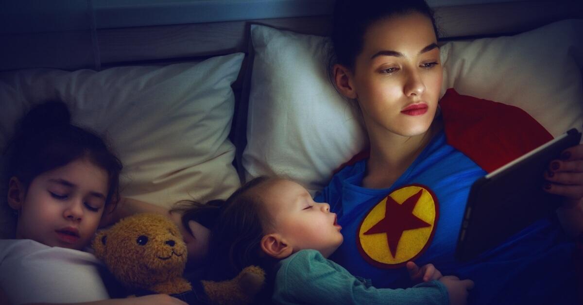 concurs FOREO Wonder Women cu premii 1000 de FOREO UFO Mini