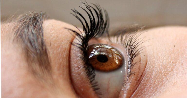 în ce constă browlift ca procedură și tratament cosmetic