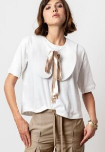 tricou cu guler Peter Pan de designer Andrea Szanto