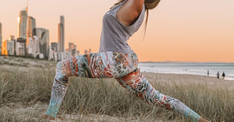 cum să stilizezi pantalonii de yoga