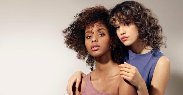Maria Nila Stockholm a lansat produse de decolorare a părului ca la salon