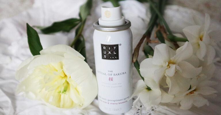 spray deo antiperspirant Ritual of Sakura_review și păreri