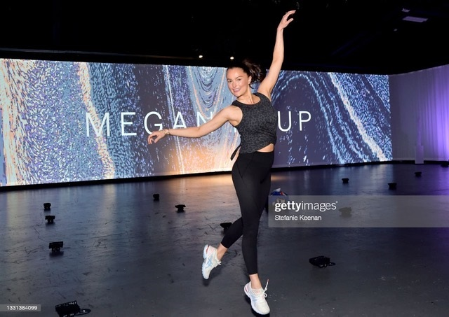 India Bradley, membră a Corpului de Balet din New York City pentru colecția On Point Victorias Secret